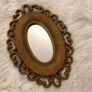 Small vintage mirror ✨